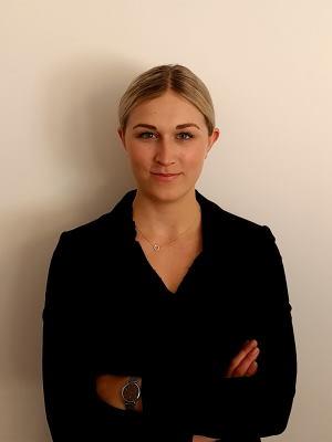 Jur. kand. Thea Palmqvist